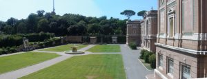 I Giardini Vaticani a Città del Vaticano  [object object] - Giardini Vaticani 2 Medium 300x115 - I Giardini Vaticani a Città del Vaticano