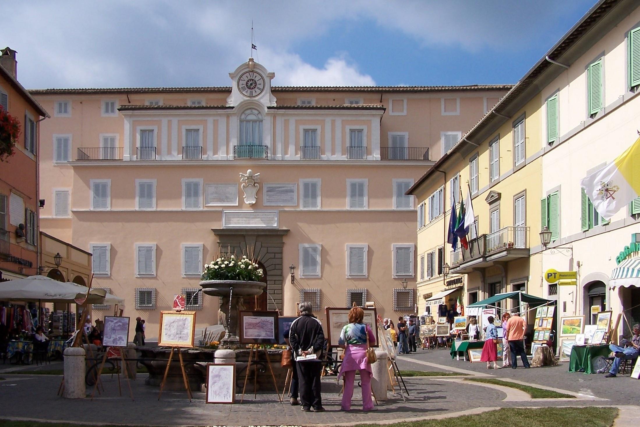 Castel Gandolfo And Pope Blessing Tour