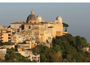 tour castel gandolfo e benedizione papale - Rome Tour Castel Gandolfo e benedizione papale 360x260 - Tour Castel Gandolfo e Benedizione Papale