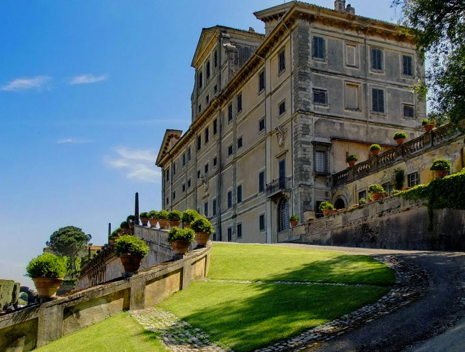 ncc-castelli-romani-frascati-villa-aldobrandini-lato castillos romanos tour privado - ncc castelli romani frascati villa aldobrandini lato1 - Castillos Romanos Tour Privado