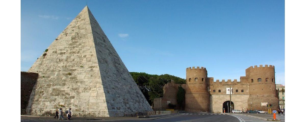 monte testaccio - piramide ok 1200x480 - Tour of Monte Testaccio