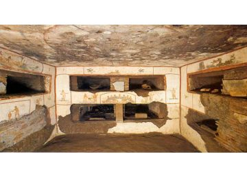 tour privado por las catacumbas - Catacombs 360x260 - Tour privado por las Catacumbas