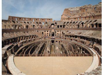 - Tour del Colosseo e della Roma Antica