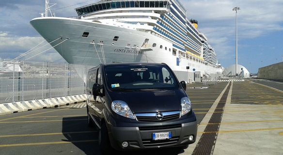 Port/ Airport transfer Rome Civitavecchia - Personal driver and car. Private transfer car, limousine, minivan, bus from/to Rome.