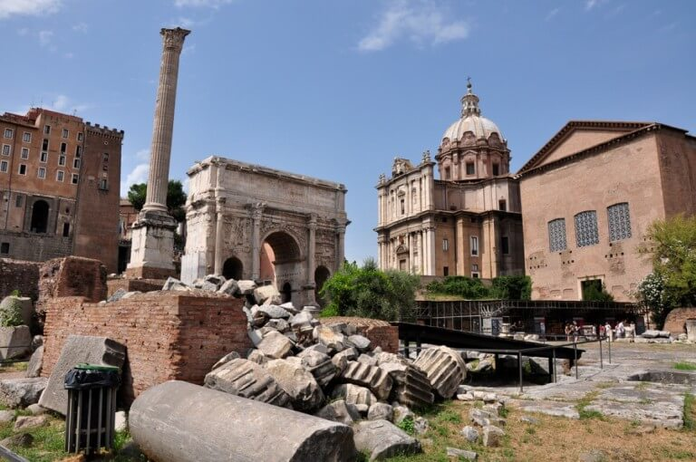 Private-Tour-Roman-Forum-Medium-768x510