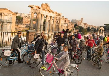 tour di roma 3 ore in bicicletta - Wheely bike rental fori1 50 360x260 - Tour di Roma 3 ore in bicicletta