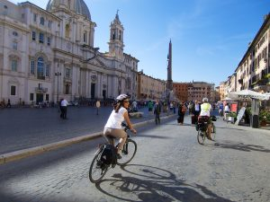 Rome bike tours - Rome guided tours - tours, bike, tour, bike tours in Rome, Rome by bike, Rome, guided Tour by bike, afternon tour, morning tour, evening tour, hire a bike in Rome rome bike tours - rome bike tours 4 300x225 - Rome Bike Tours