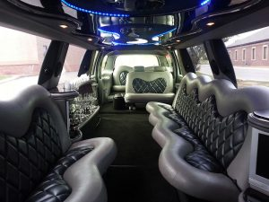 tour a roma in limousine - Excursion Limousine 14 Seats 1 300x225 - Tour a Roma in limousine