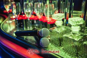 tour a roma in limousine - Lincoln Wave Black edition Karaoke on board 8 Seats 2 300x200 - Tour a Roma in limousine