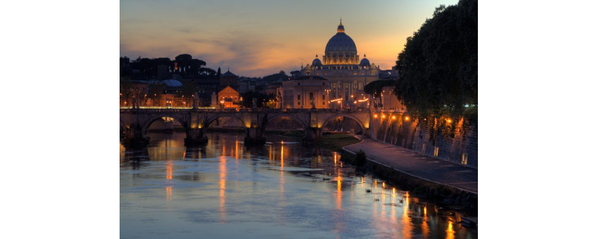 Rome river cruise – Rome River Boat dinner on the Tiber River. Join a cruise Tour with dinner. Boat tours along the Tiber. Rome night cruises romantic tours rome in two days - Rome in two days