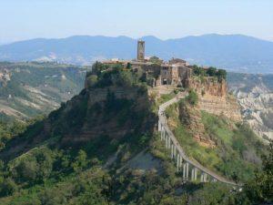 Tour archeologici, Tour didattici o di piacere. Tuscia tour privati, visite guidate di Viterbo, Civita di Bagnoregio,