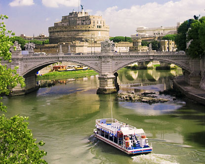 Rome river cruise – Rome River Boat dinner on the Tiber River. Join a cruise Tour with dinner. Boat tours along the Tiber. Rome night cruises romantic tours