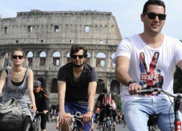 tour guidato in bicicletta: l'altra faccia di roma - Tour Guidato in Bicicletta L altra Faccia di Roma Evidenza 360x260 - Tour Guidato in Bicicletta: L'altra Faccia di Roma