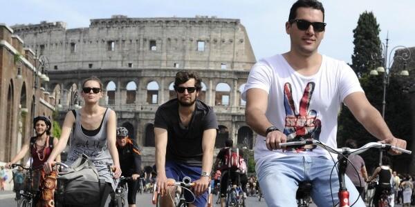 tour guidato in bicicletta: l'altra faccia di roma - Tour Guidato in Bicicletta L altra Faccia di Roma Evidenza - Tour Guidato in Bicicletta: L'altra Faccia di Roma